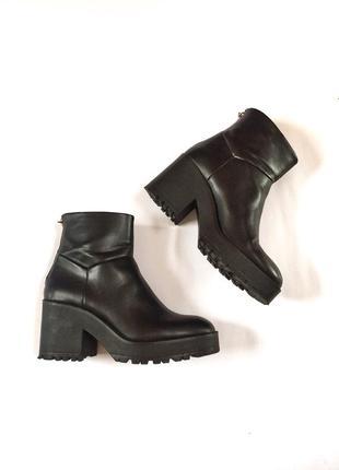 Pull&bear ботинки, сапоги, черевики  демисезон, сапожки