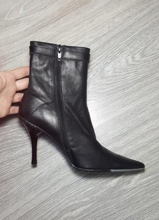 Новые pepe jeans кожаные сапожки ботинки черные осенние 37 38 размер