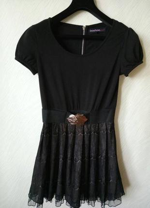 Платье с кружевом р.s-m