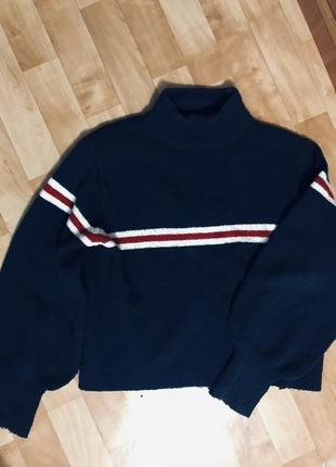 Стильный свитер с широкими рукавами!