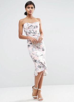 Платье миди с цветочным принтом и оборкой asos