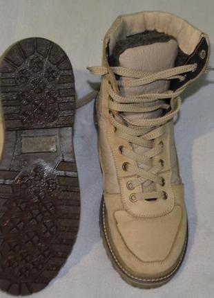 Ботинки кожаные , зимние .