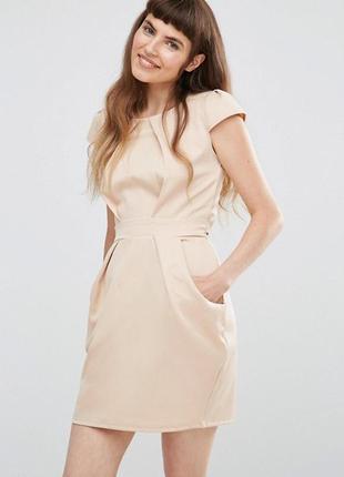 Платье-тюльпан со складками qed london