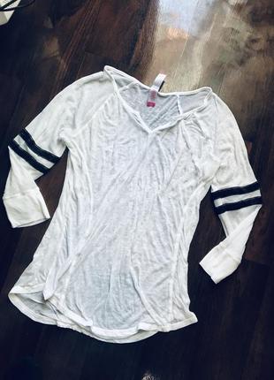 Легкая кофточка блуза футболка с лампасами