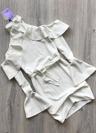 Платье с воланами missguided