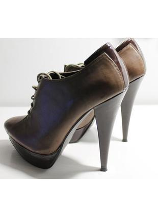 Коричневые ботильоны на шпильке / на шнуровке / короткие низкие ботинки на каблуке