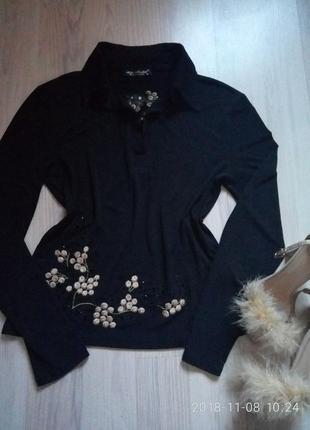 Шикарная блуза с рельефной вышивкой и бисером