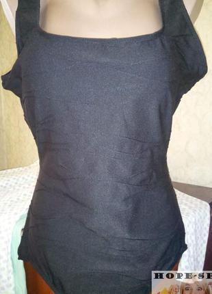 Бомбезный формирующий купальник из фактурной ткани 18