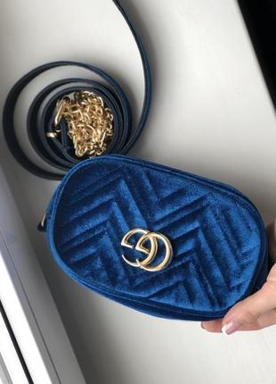 Бананка /сумка через плечо / сумка на пояс ( в бархате ) синяя