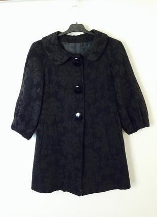 Очень клевое пальто трапеция с большими пуговицами