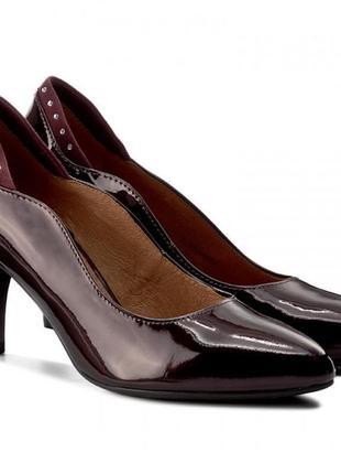 Туфли из натуральной кожи немецкого бренда caprice бордовые, р. 37, 39, 40