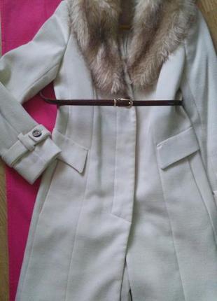 Стильное брендовое пальто kira plastinina