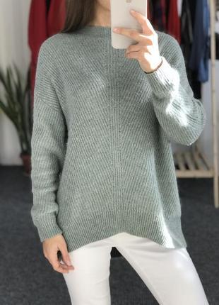 Теплый оверсайз свитер tu