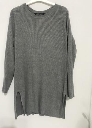 Стильная кофта ,свитер с разрезами