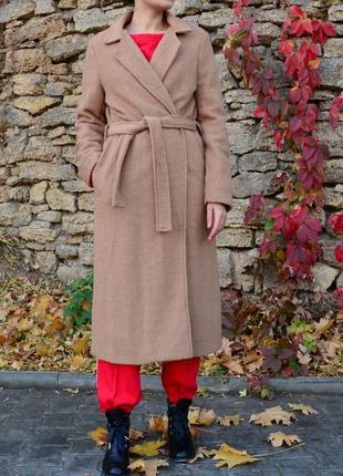Пальто халатного кроя, цвета кэмэл, италия