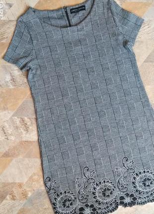 Трендовое платье клетка dorothy perkins