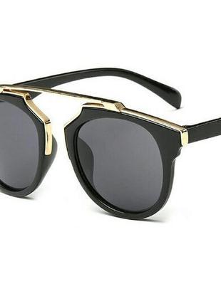 Акция!!солнцезащитные очки с золотистой оправой в стиле dior