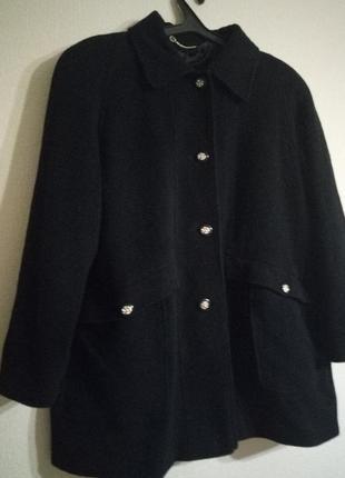 Актуальный пальто berkertex