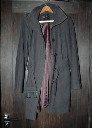 Шерстяное пальто zara