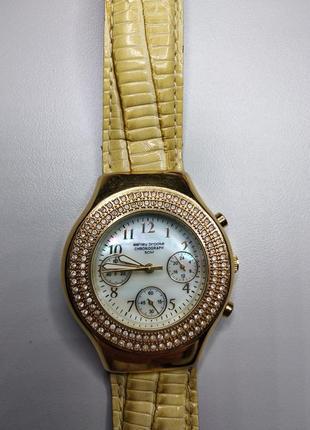 Часы от ashley brooke