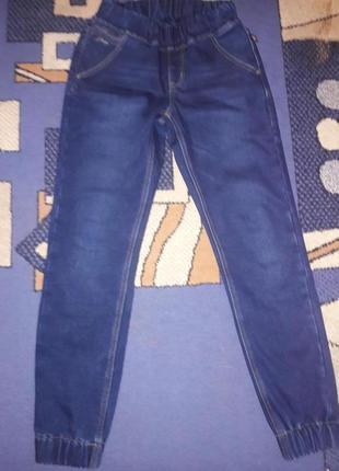 Утепленные джинсы джеггинсы