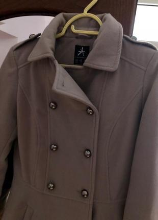 Пальто фирменное2 фото