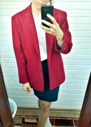 Шерстяной удлиненный пиджак блейзер цвет марсала