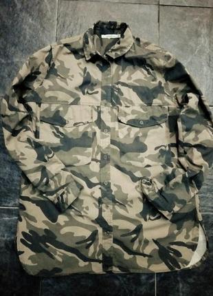 Трендовая военная камуфляжная рубашка милитари