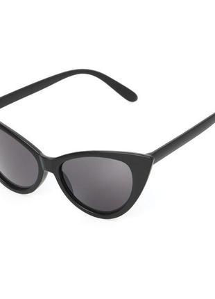 Солнцезащитные матовые черные очки лисички кошачий глаз линзы без градиента cat eye