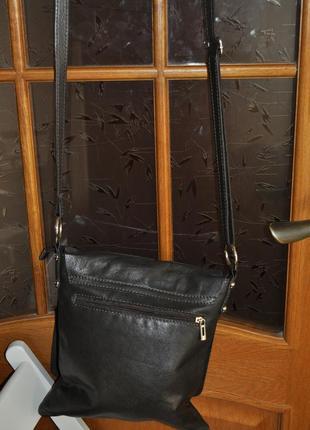Стильная кожаная сумка vera pelle