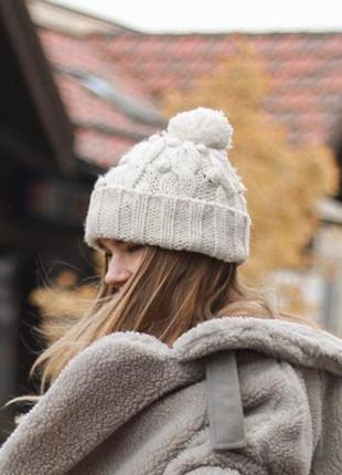 Тёплая шапка с отворотом