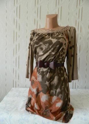 Красивое тёплое платье коричневого цвета с кружевной вставкой платье свободного кроя р.s