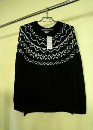 Теплый свитер с орнаментом george