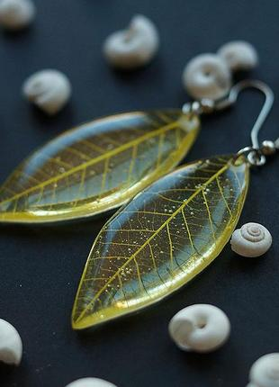 Жёлтые серьги - листики