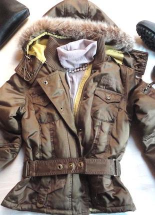 Куртка  теплаяс мехом,бренд  phard ,пух, с капюшоном,бомба!