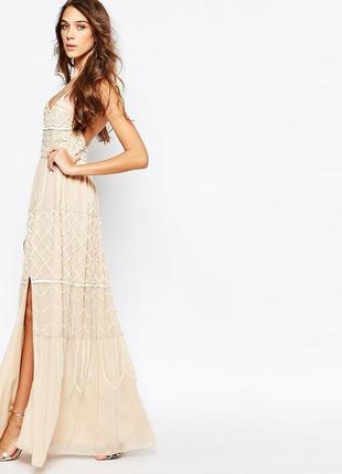 Платье макси с глубоким вырезом frock and frill