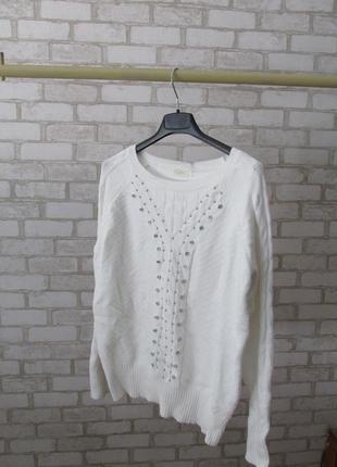 Нарядный свитер tiramisu