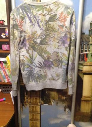 Кофта с цветочным принтом