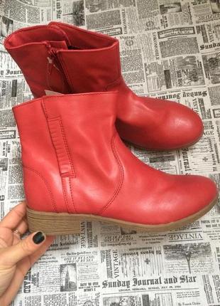 Крутые ботинки 37,38 р esmara