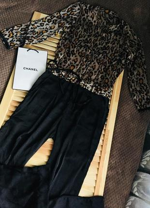 Шикарный тигровый брючный сатиновый комбез