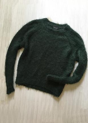 Коротенький свитер травка изумрудного цвета