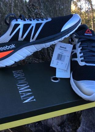 Стильные кроссовки от бренда reebok / оригинал