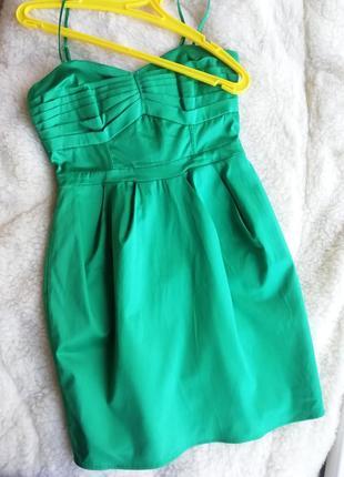 Зеленое платье h&m вечернее, коктейльное. новогоднее