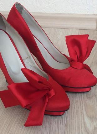 Эксклюзивные нарядные туфли ручной работы3