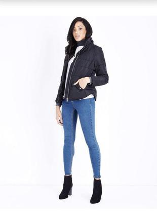 -25% на все!  приталенная куртка на молнии с мехом, тёплая демисезонная стёганная