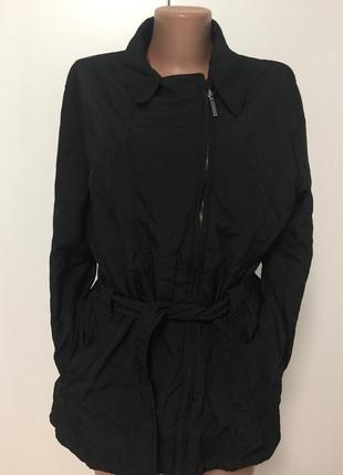 Стильная легкая куртка montego