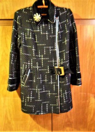 Стильное демисезонное пальто р-р 481