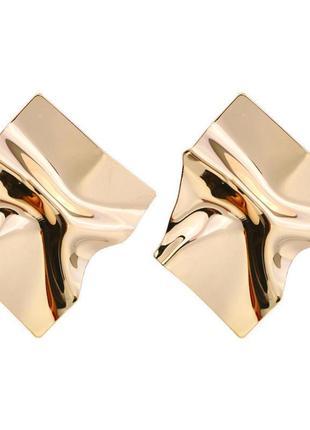 Зеркальные серьги золотистого цвета4