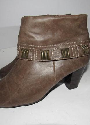Af_женские нарядные ботинки на каблуке 39р ст.25см m201