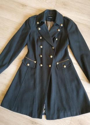 Пальто света хаки2